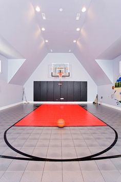 We're loving this indoor basketball courtTag friends that would like this in their home!Credit to Siena Custom Builders, Inc. - Home Decor For Kids And Interior Design Ideas for Children, Toddler Room Ideas For Boys And Girls Home Design, Design Blogs, Best Interior Design, Design Ideas, Home Basketball Court, Basketball Room, Basketball Stuff, Sports Court, Basketball Equipment
