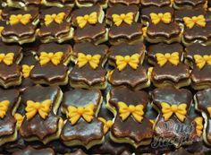 Vánoční cukroví - recepty na vánoční pečení | NejRecept.cz Christmas Sweets, Cake Cookies, Nutella, Sweet Tooth, Pudding, Cooking, Rum, Food, Bakken
