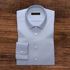 Business shirt in white herringbone weave Each Andre Emilio dress shirt takes an individual craftsman to produce the classic business shirt life with diligently. This has long cotton fibers Formal Shirts For Men, Men Formal, Casual Shirts, Pink Colour Shirt, Royal Blue Shirts, Business Shirts, Men Online, Men's Shirts, Check Shirt