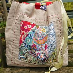 Knotted Cotton: How to make a Komebukuro Bag - Part 1 Liberty Patchwork exteriors Bag Pattern Free, Wallet Pattern, Bag Patterns To Sew, Tote Pattern, Sewing Patterns, Patchwork Bags, Quilted Bag, Crazy Patchwork, Patchwork Quilting