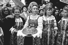 <3 Traditional Russian dress