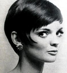 Short Mod Hairstyle by Alexandre, model Linda Morand, 1960s