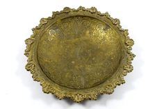 Vintage Hand Crafted Beautiful Flower Brass Table Decoration Platter. G26-17