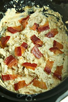 Slow Cooker Cream Cheese Crack Chicken is mybest favorite dish now. The recipe is not only great for lunch but also perfectfor dinner. And the recipes is the best choice for busy dinners or lazy days. Itis simple, quickly, delicious and nutrients. Slow Cooker Recipes, Crockpot Recipes, Chicken Recipes, Cooking Recipes, Keto Recipes, Dinner Recipes, Chicken Appetizers, Recetas Crock Pot, Pain Keto