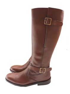 I Absolutley <333 riding boots! w/ little dark brown leg warmers peeking out this would be perfect!