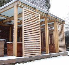 dřevěná zastřešená pergola