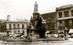 Fuente y estatua de Fray Bartolomé de las Casas, al centro de la Plaza del Seminario. ca. 1950