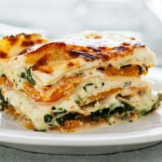 Vegetarian Main Dishes, Vegetarian Recipes, Cooking Recipes, Vegetarian Lasagne, Cheese Recipes, Fast Recipes, Healthy Recipes, Lasagna Recipe Bon Appetit, Baked Lasagna