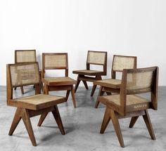 pretty home decor Pierre Jeanneret, Le Corbusier, Chandigarh, Furniture Care, Wood Furniture, Ottoman Sofa, Wooden Plates, Room Interior, Studio Interior
