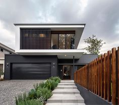 Modern architecture: what is it these days? (The Interiors Addict) - Modern architecture: what is it these days? Modern House Facades, Modern House Design, Modern Architecture, Duplex Design, House Front Design, Minimalist House Design, House Cladding, Facade House, Exterior Cladding