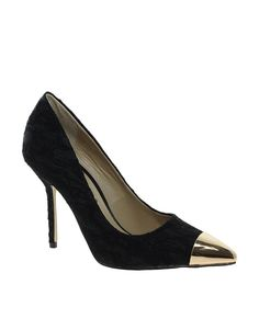 Timeless Oneil Black Heeled Shoes - I'm literally in love