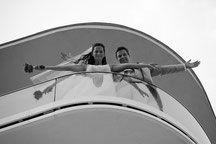 Bild Brautpaar dramatisch insziniert Schleier Fotograf Fotografin Villa Vita Seewinkel Neusiedlersee Burgenland Wachau Donau heiraten Location beliebt Ambiente schön wild romantisch Liebe Location, Villa, Photo Heart, Romantic Love, Veil, Most Popular, Newlyweds, Getting Married, Fork