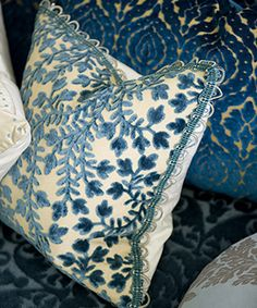 Designers Guild - Fabrics & Wallpaper Collections, Furniture, Bed and Bath, Paint, and Luxury Home Accessories - #DesignersGuild