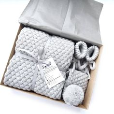 Newborn Baby Gift Set, Baby Gift Box, Diy Baby Gifts, Baby Box, Newborn Gifts, Baby Shower Gifts, Newborn Babies, Mom Gifts, Wool Baby Blanket