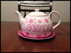 Use vinyl to personalize a plain tea pot for your royal tea party. After the party it makes a perfect planter for flowers!