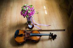 Ραντεβού με… αργά βήματα Violin, Music Instruments, Advice, Couples, Instruments, Couple, Musical Instruments