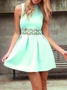 Green Sleeveless Hollow Flare Dress