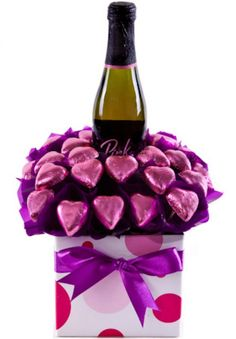 - Perfectly presented this chocolate bouquet is a great gift for any occasion. Pink Sparkling Champagne Mini 25 Pink Milk Chocolate Hearts Presented in a glossy posie box with ribbons and attached gift card. Pink Chocolate, Valentine Chocolate, Chocolate Gifts, Chocolate Hearts, My Funny Valentine, Valentine Images, Christmas Tree Chocolates, Birthday Candy, Diy Birthday