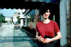 Christiane à Los Angeles (promotion du film Christiane F.)  Photo de Henry Diltz.