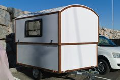 The Slidavan lifts with help from a simple, drill-powered system and offers 6 feet of headroom inside Small Camping Trailer, Diy Camper Trailer, Pop Up Trailer, Tiny Camper, Truck Camper, Camper Van, Pop Up Caravan, Mini Caravan, Gypsy Caravan