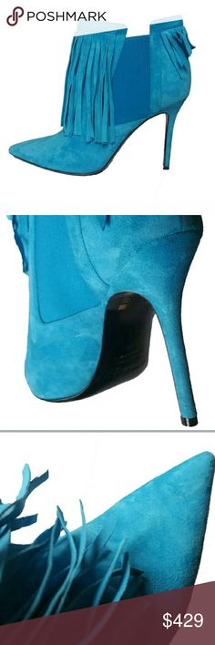 New Aperlai Blue Ankle Suede Booties High heels 9 New Aperlai Paris Blue Ankle Suede Booties High heels Size 9. aperlai Shoes Ankle Boots & Booties