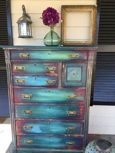 """Exceptional """"shabby chic furniture diy"""" detail is offered on our site. Check it out and you wont be sorry you did. Funky Painted Furniture, Refurbished Furniture, Paint Furniture, Repurposed Furniture, Shabby Chic Furniture, Furniture Projects, Furniture Makeover, Furniture Vintage, Office Furniture"""