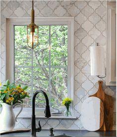 Carrara (Carrera) Venato Honed Arabesque Baroque Marble Tile