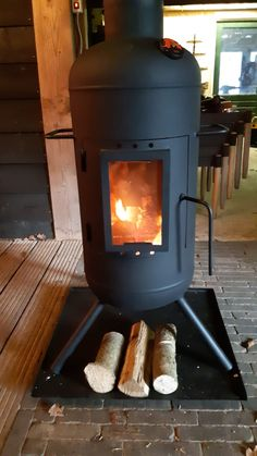 Gas Bottle Wood Burner, Diy Wood Stove, Propane Stove, Steel Coffee Table, Chiminea, Hobbies And Crafts, Garden Paths, Barbecue, Tiny House