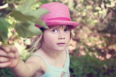 Danielle heeft haar handen vol soms, maar een temperamentvol, gevoelig kind is ook gewoon een kind en behoeft niet perse een label! http://www.mamsatwork.nl/2016/05/04/gevoelig-kind/?utm_campaign=coschedule&utm_source=pinterest&utm_medium=MamsatWork&utm_content=Een%20temperamentvol%20gevoelig%20kind%20is%20ook%20een%20kind%21