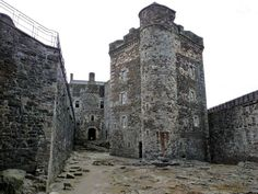 Blackness Castle. Who could forget those scenes of poor Jamie being flogged in the courtyard when the 15th Century castle stood in as…