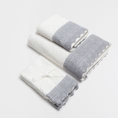 BLUE LACE TRIM COTTON TOWELS - Towels - Bathroom | Zara Home United States of…