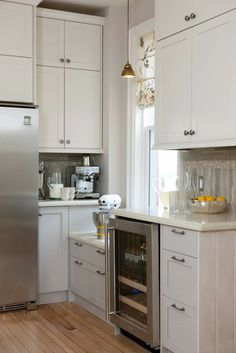 Like the idea for the low cabinet since my windows sit low to the floor and wondered how to make the kitchen function around them.