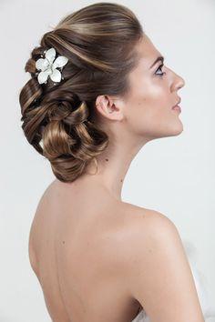 Lily Comb - Avant Bride - Rent for $30  Photography - @Casey Fatchett   Hair Styling - @Lauren DeCosimo