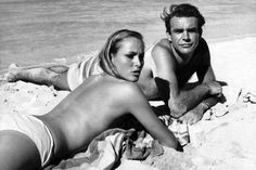 James Bond - Dr No. Behind the scenes with Sean Connery and Ursula Andres