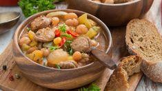 Ragoût de saucisses Sauce, Pot Roast, Favorite Recipes, Ethnic Recipes, Sausages, Italian Sausages, Herbes De Provence, Italian Cuisine, Pork