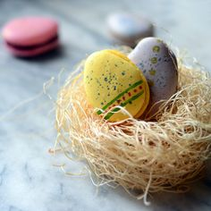 I love these and in egg shape they are so cute...Pixel Whisk How-To: Easter Macarons on Food & Wine