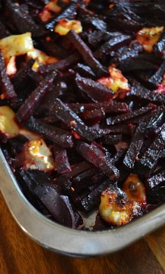 Punajuuri-vuohenjuustopaistos | Maku Meat Recipes, Vegetarian Recipes, Cooking Recipes, Dinner Recipes, Low Carb Menus, Eat Lunch, Happy Foods, I Love Food, Soul Food