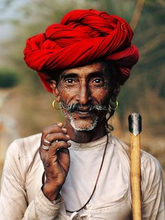 Rajasthan, India ~ Learn how to Turbo Charge Read and actually remember what you have read. http://youtu.be/LyO3EkP1TdY great for researching authors and students. India | Steve McCurry.