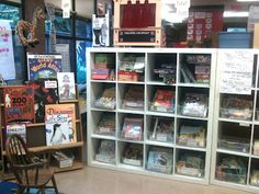 Wonderful post about classroom library!