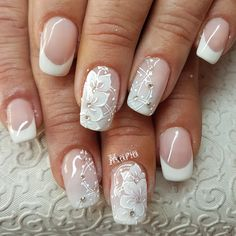 When it comes to the big day of your wedding, small details really matter. One of the most important small details is your nails. When you plan your big day, your nails may be something you tend to overlook. Your nails are very important at the weddi Lace Nail Design, Lace Nail Art, Lace Nails, Nail Art Diy, Diy Nails, Nail Art Designs, Lace Art, Wedding Day Nails, Wedding Nails Design