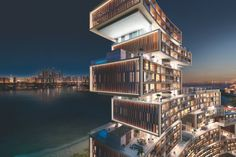 High life in one of the Palm Jumeirah's tallest towers – in ...