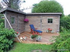 What an awesome little space! Backyard Projects, Outdoor Projects, Backyard Patio, Backyard Landscaping, Outdoor Life, Outdoor Spaces, Outdoor Living, Outdoor Decor, Farm Gardens