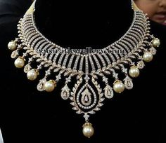 Jewellery Designs: Round Cut Necklace with Pearls