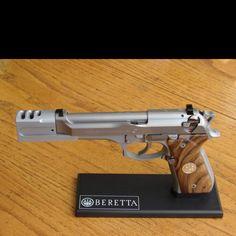 Beretta 92fs with compensator - www.Rgrips.com