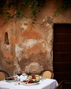On the patio at Ristorante Piperno, in what used to be Rome's Jewish Ghetto; the restaurant specializes in cucina romana ebraica.