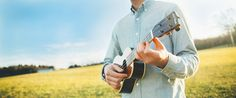 5 Effective Strumming Patterns for Beginners :http://www.ukuleletricks.com/5-effective-strumming-patterns-for-beginners/