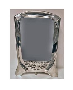 View this item and discover similar for sale at - Jugendstil Secessionist Pewter Frame by Orivit Germany Stylised naturalistic design. Orivit marks to Art Nouveau Design, Pewter, Picture Frames, Art Decor, Objects, Germany, Arts And Crafts, Photograph, Enamel