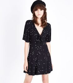 Black Star Print Tie Front Skater Dress | New Look