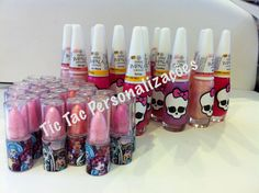 #monsterhigh #monsterhighparty #lembrancinhamonsterhigh #aniversariomonsterhigh Batom e esmalte personalizado para lembrancinha aniversario monster high