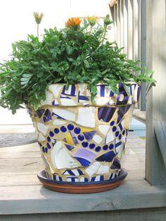 Making Beautiful Mosaic Flower Pots
